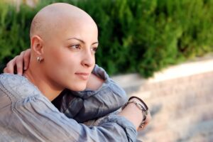 mujer con cancer